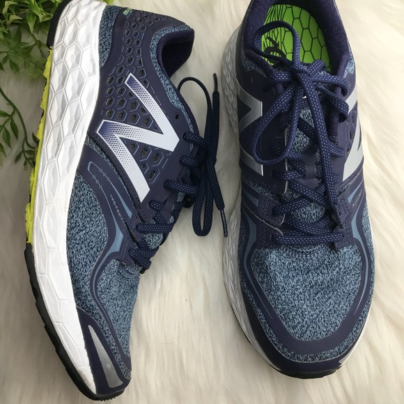 huge discount c2d9c c88bb New balance men's Fresh Foam Vongo running Shoes